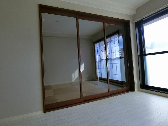 透明な建具